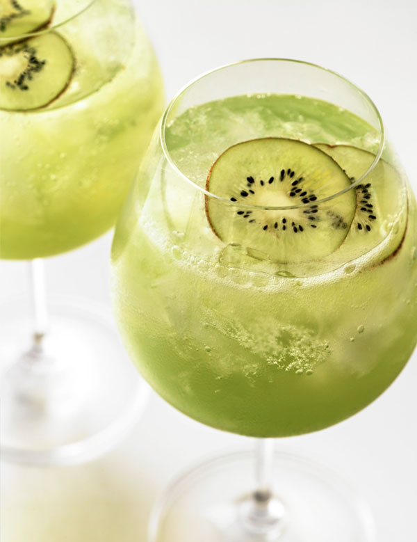 green cocktail with kiwi